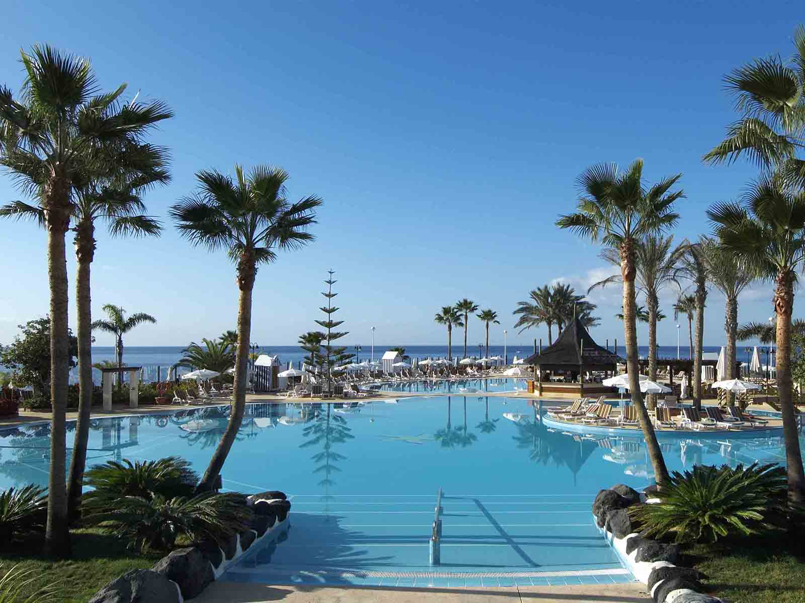 Iberostar Anthelia_pool ares
