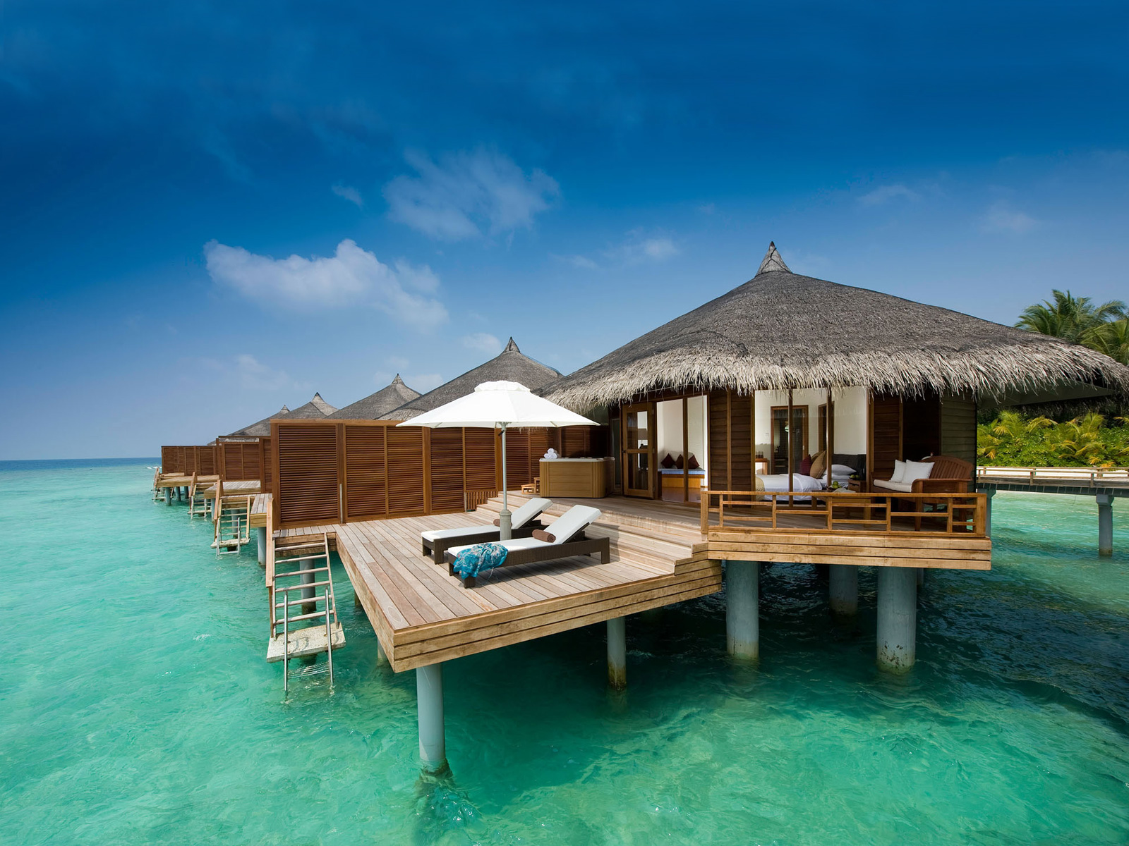 DUSIT-THANI-MALDIVES