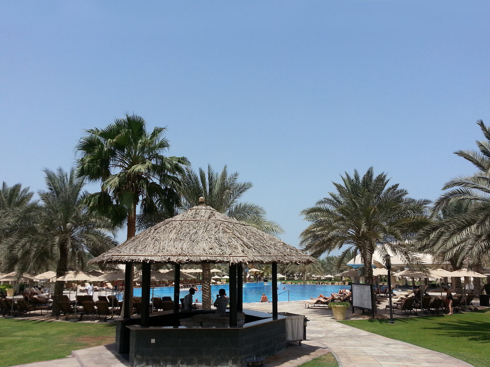 LE-ROYAL-MERIDIEN-BEACH-RESORT-AND-SPA