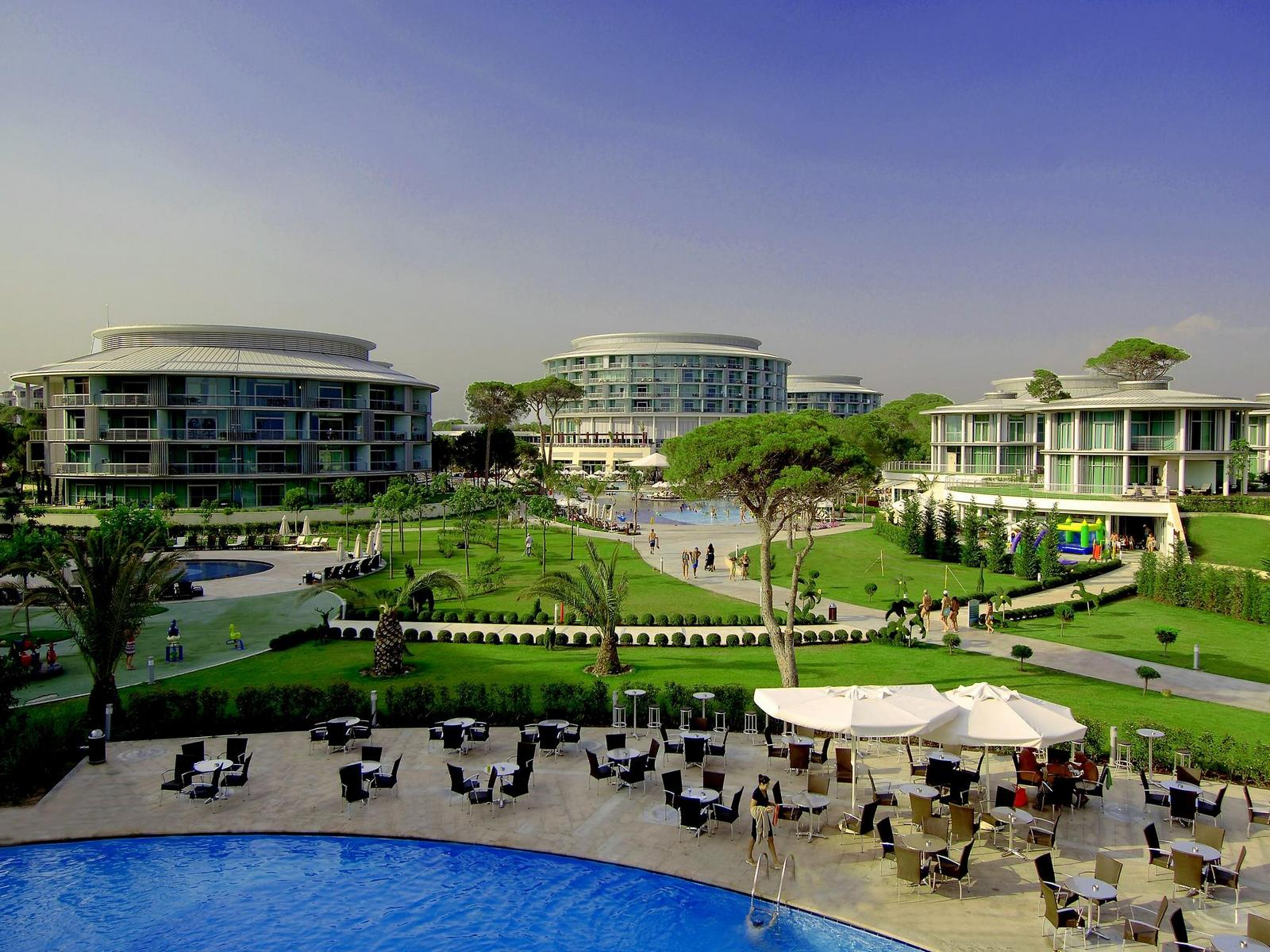 Calista-Luxury-Resort
