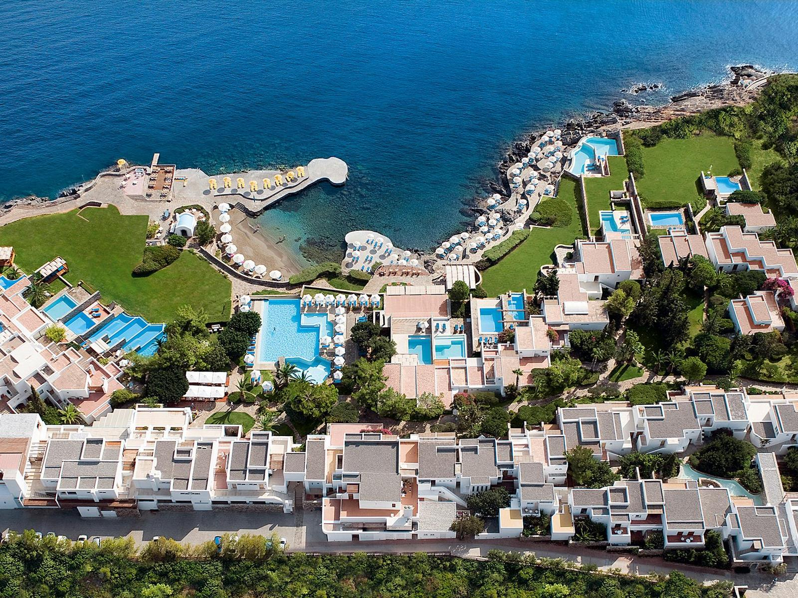 St-Nicolas-Bay-Resort-Hotel-and-Villas